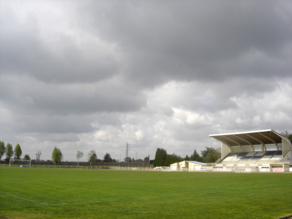 oissel-net-stade-municipal-04-2006_2