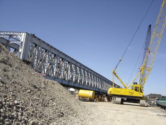 oissel-net-chantier-pont-sncf-23-04-2007_1