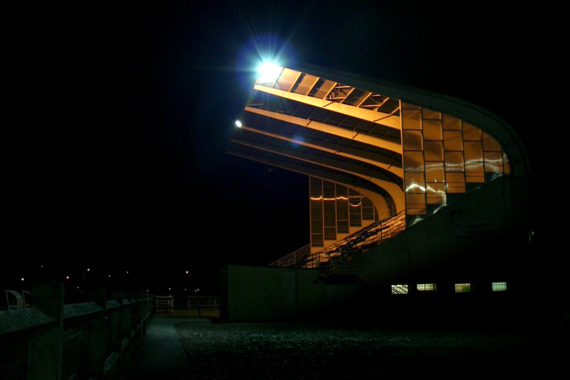 oissel-net-stade-municipal-by-night-2007