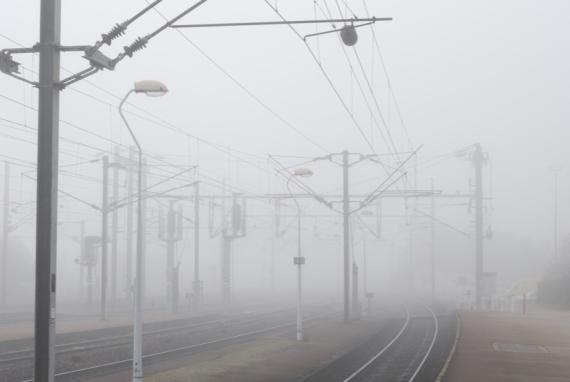 oissel-net-vos-photos-olivier-gare-greve-brouillard-2007