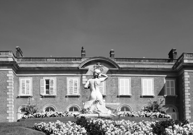 oissel-net-derriere-la-statue-07-2008