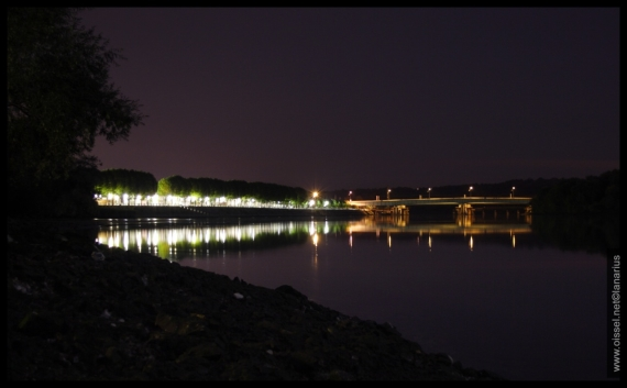 oissel-net-esplanade-des-quais-by-night_1