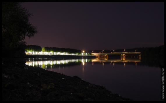 oissel-net-esplanade-des-quais-by-night_1