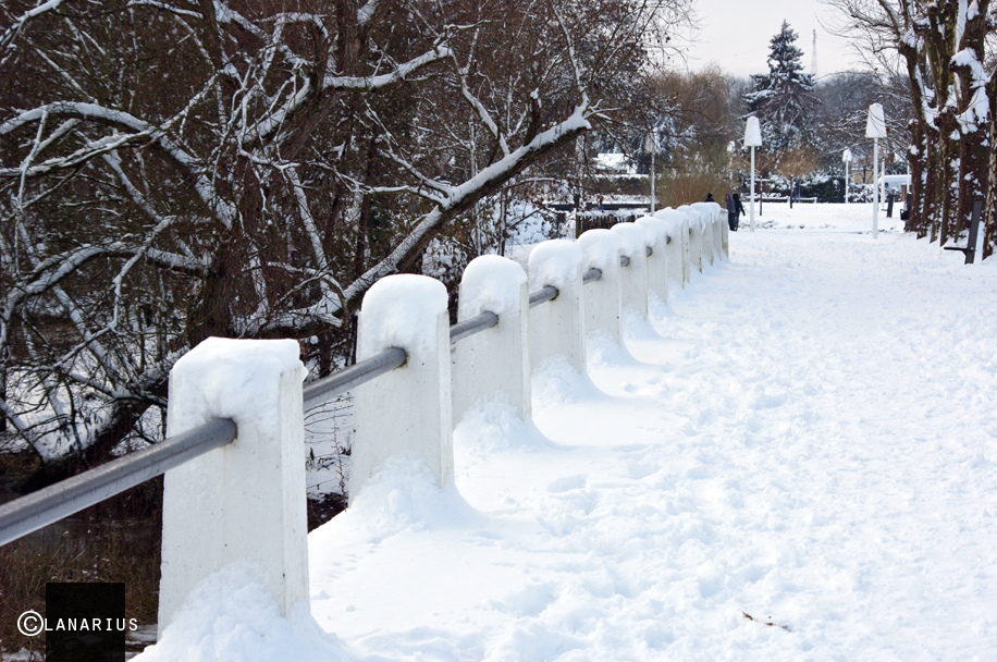 oissel-net-il-neige-sur-la-ville-2010-12